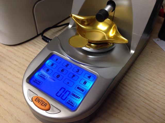 For Sale - Lyman Gen6 Electronic Powder Trickler / Measure ...